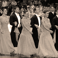 Сценический бальный танец
